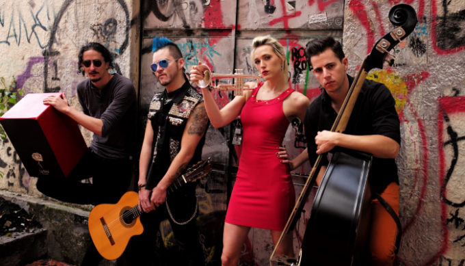 Jenny and The Mexicats at Strummers